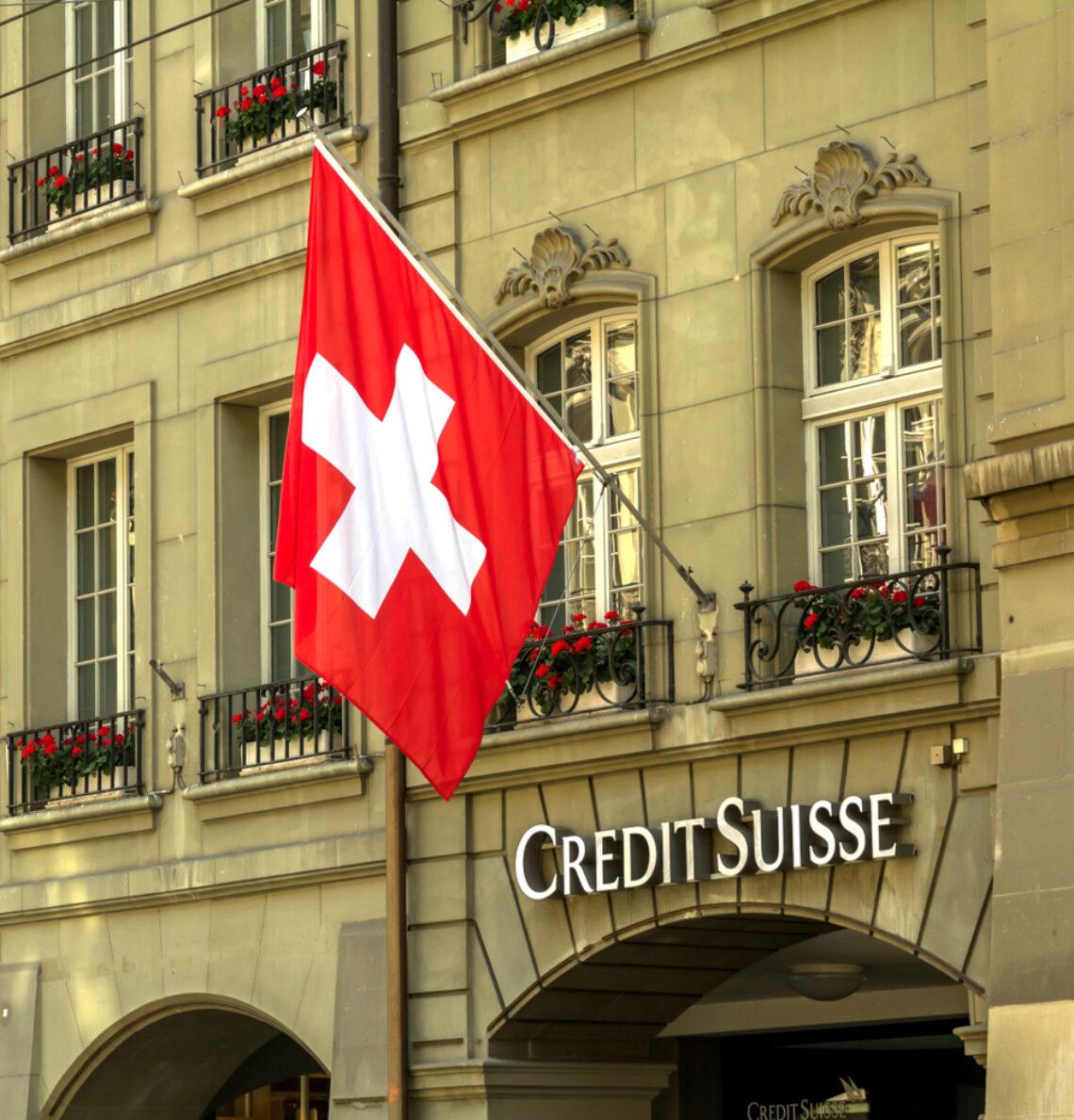 Afbeelding voor Telegraaf: 'Credit Suisse deelt gegevens zwartspaarder met fiscus'
